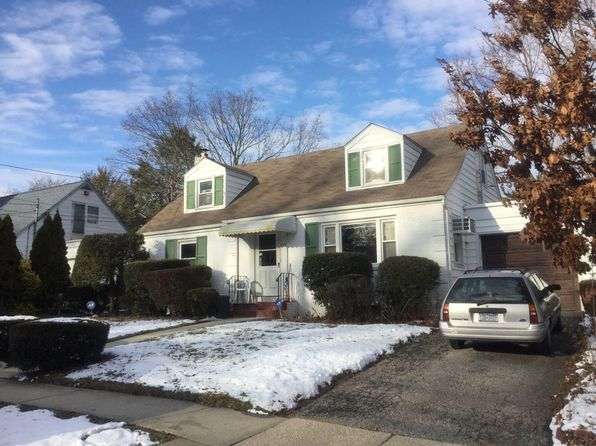 4 bed 2 bath Single Family at 327 Redmont Rd West Hempstead, NY, 11552 is for sale at 510k - google static map