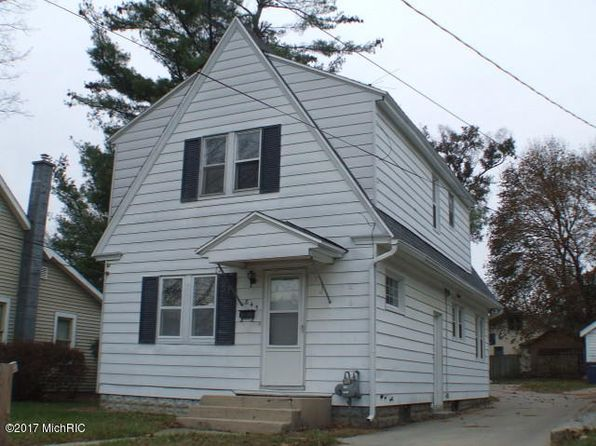 2 bed 1 bath Single Family at 845 Griggs St SE Grand Rapids, MI, 49507 is for sale at 105k - 1 of 12