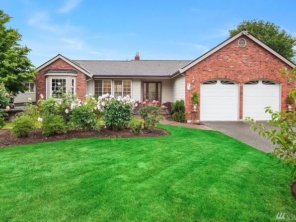 4 bed 3 bath Single Family at 2131 Clover Ct Mukilteo, WA, 98275 is for sale at 699k - 1 of 25