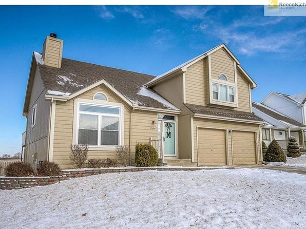 4 bed 3 bath Single Family at 1204 NE Kenwood Dr Lees Summit, MO, 64064 is for sale at 240k - 1 of 24