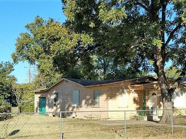 3 bed 1 bath Single Family at 2701 Lee Ave Fort Worth, TX, 76164 is for sale at 50k - 1 of 2