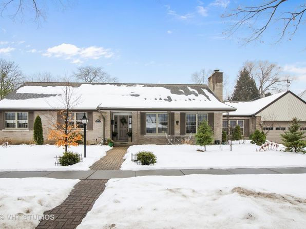 4 bed 3 bath Single Family at 1047 Oakwood Ave Des Plaines, IL, 60016 is for sale at 437k - 1 of 24