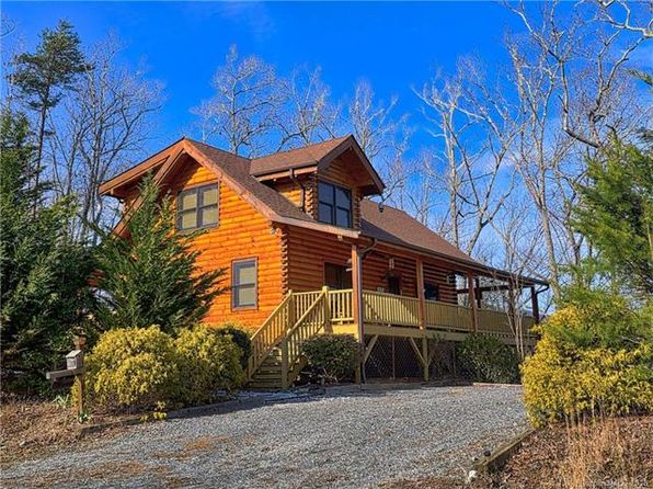 2 bed 2 bath Single Family at 117 BLUEBIRD TER LAKE LURE, NC, 28746 is for sale at 265k - 1 of 29