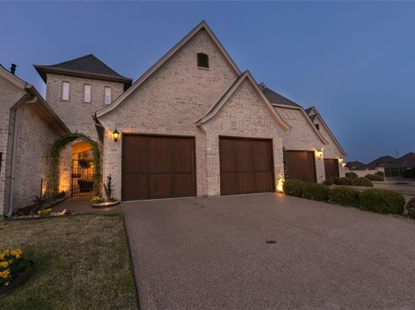 2 bed 2 bath Townhouse at 2404 Vineyard Dr Granbury, TX, 76048 is for sale at 295k - 1 of 24