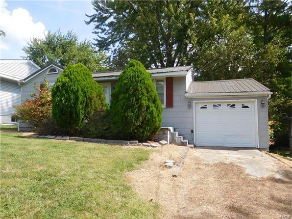 2 bed 1 bath Single Family at 609 Poplar St Highland, IL, 62249 is for sale at 55k - 1 of 6