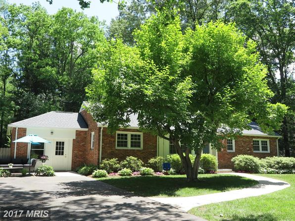 4 bed 2 bath Single Family at 3804 Mode St Fairfax, VA, 22031 is for sale at 625k - 1 of 30