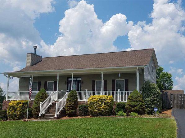 3 bed 3 bath Single Family at 563 Keene Cir Dandridge, TN, 37725 is for sale at 300k - 1 of 62