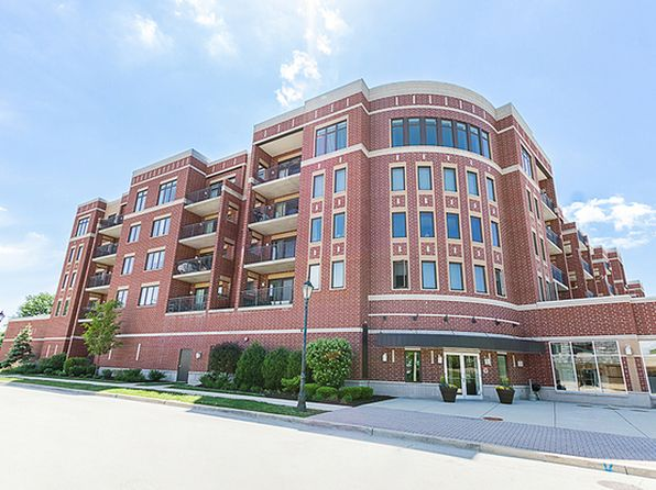 2 bed 2 bath Condo at 225 Main St Roselle, IL, 60172 is for sale at 213k - 1 of 16