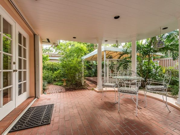 3 bed 3 bath Single Family at 4011 Malaga Ave Miami, FL, 33133 is for sale at 949k - 1 of 25