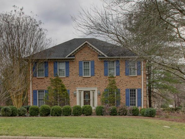 4 bed 4 bath Single Family at 8203 Strathmore Ln Roanoke, VA, 24019 is for sale at 330k - 1 of 43