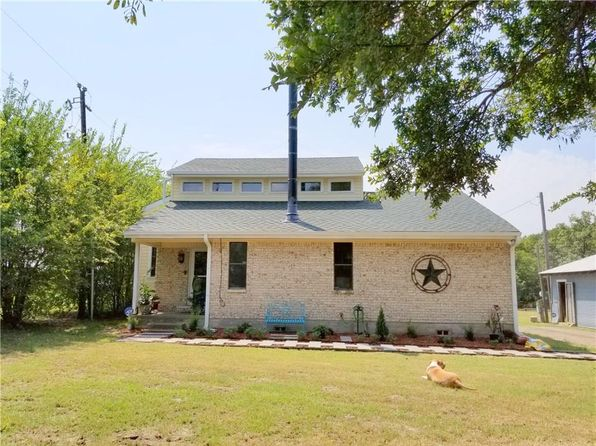 3 bed 2 bath Single Family at 5625 County Road 4509 Commerce, TX, 75428 is for sale at 285k - 1 of 24