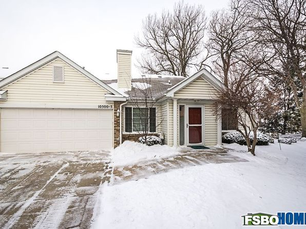2 bed 2 bath Townhouse at 10500 Meredith Dr Urbandale, IA, 50322 is for sale at 148k - 1 of 21