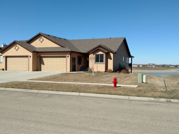 4 bed 3 bath Townhouse at 4016 Downing St Bismarck, ND, 58504 is for sale at 420k - 1 of 22