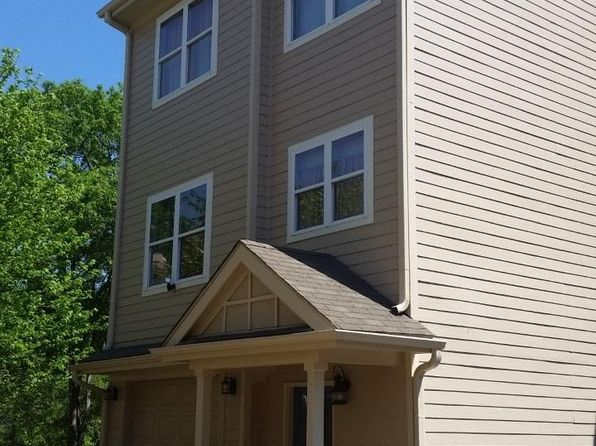 3 bed 2.5 bath Condo at 1226 Bowersville Hwy Hartwell, GA, 30643 is for sale at 240k - 1 of 28