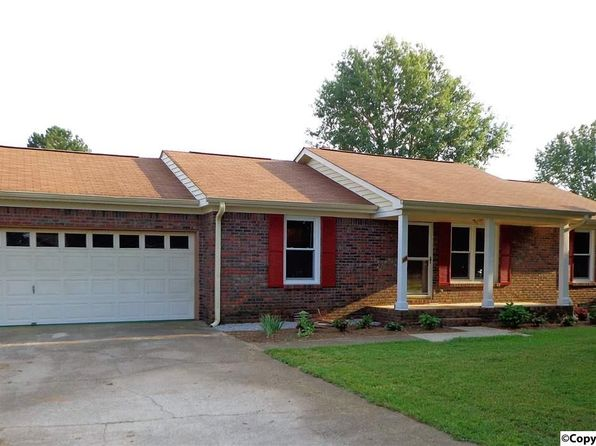 3 bed 2 bath Single Family at 116 Pattiwood Dr Hazel Green, AL, 35750 is for sale at 120k - 1 of 32