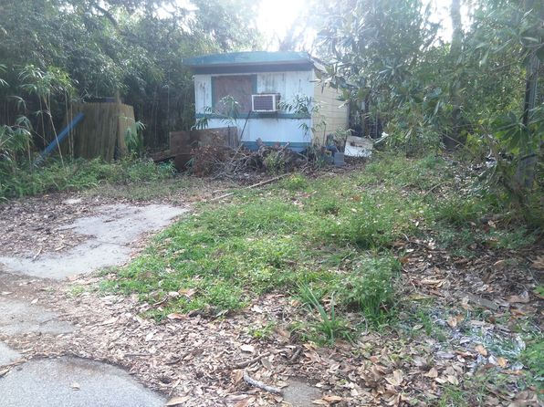 2 bed 1 bath Mobile / Manufactured at 4 Live Oak Rd Palm Coast, FL, 32137 is for sale at 110k - 1 of 3