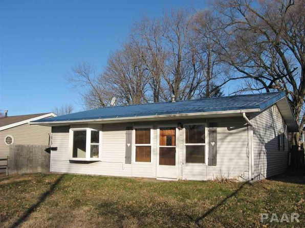 3 bed 1 bath Single Family at 1613 Saratoga St Pekin, IL, 61554 is for sale at 70k - 1 of 12