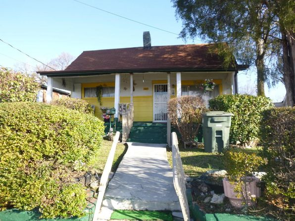 3 bed 2 bath Single Family at 1445 Ivy St Chattanooga, TN, 37404 is for sale at 26k - 1 of 18