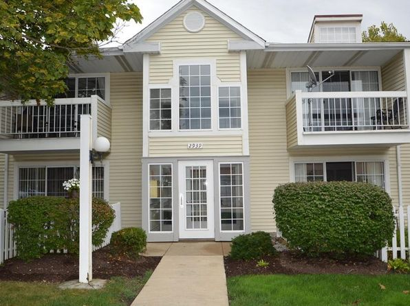 2 bed 2 bath Condo at 2939 S Bay Dr G6 Westlake, OH, 44145 is for sale at 115k - 1 of 16