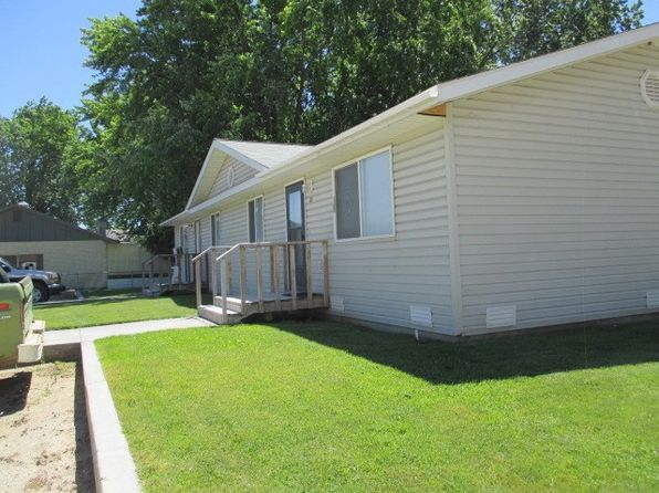 4 bed 2 bath Multi Family at 31 & 33 Gooding Ln Gooding, ID, 83330 is for sale at 130k - 1 of 3
