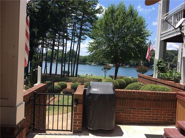 2 bed 2 bath Townhouse at 7837 Village Harbor Dr Cornelius, NC, 28031 is for sale at 260k - 1 of 2