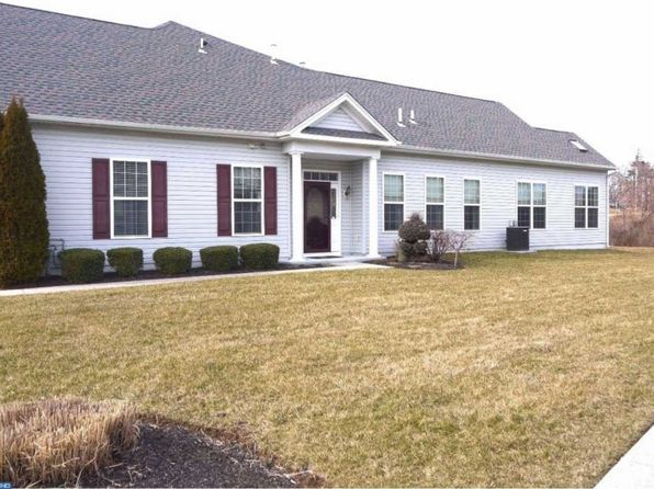 3 bed 3 bath Townhouse at 1624 Parkview Ct Garnet Valley, PA, 19060 is for sale at 319k - 1 of 23