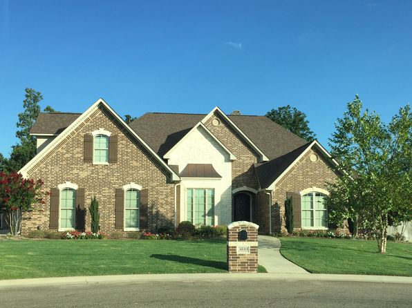 4 bed 4 bath Single Family at 3811 Hunters Rdg Texarkana, TX, 75503 is for sale at 413k - 1 of 2