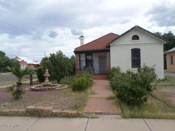 2 bed 1 bath Single Family at 959 E 11th St Douglas, AZ, 85607 is for sale at 68k - 1 of 15