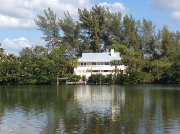 2 bed 2 bath Single Family at 321 KETTLE HARBOR DR PLACIDA, FL, 33946 is for sale at 735k - 1 of 17