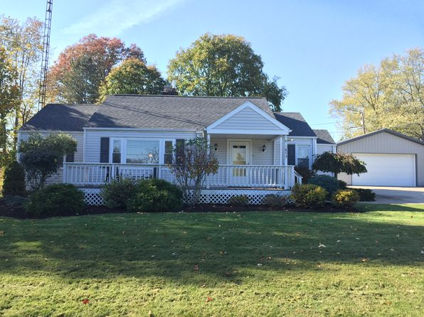 3 bed 1 bath Single Family at 1845 Greendale Ave SW Massillon, OH, 44647 is for sale at 133k - 1 of 13