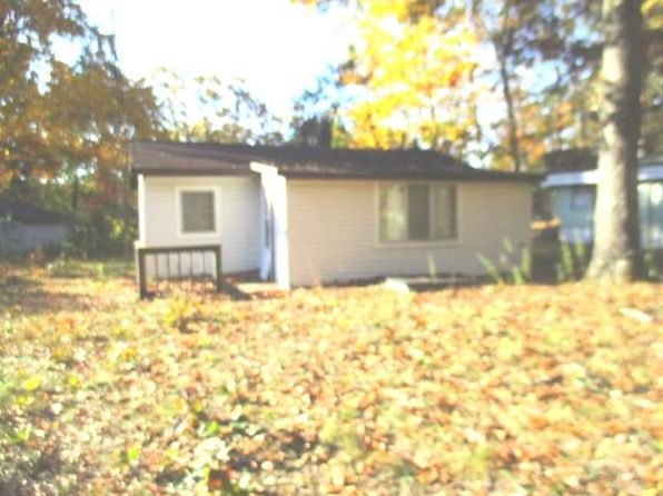 2 bed 1 bath Single Family at 1071 Pocohontas St Harrison, MI, 48625 is for sale at 10k - 1 of 9