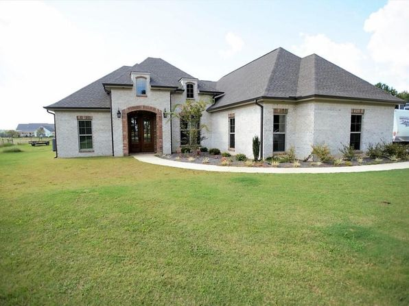 4 bed 3 bath Single Family at 173 County Road 445 Saltillo, MS, 38866 is for sale at 280k - 1 of 27