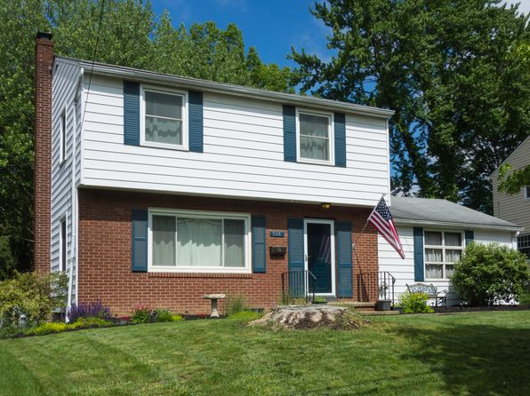 3 bed 2 bath Single Family at 568 Castle Blvd Akron, OH, 44313 is for sale at 125k - 1 of 39