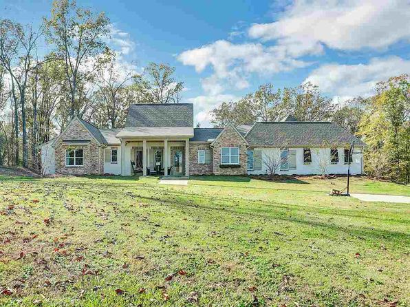 4 bed 4 bath Single Family at 140 Beatrice Ln Brandon, MS, 39047 is for sale at 385k - 1 of 34