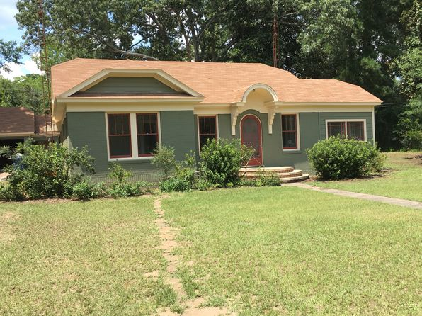 3 bed 2 bath Single Family at 1217 Myrtle St Kilgore, TX, 75662 is for sale at 143k - 1 of 5