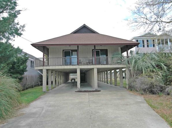 4 bed 2 bath Single Family at 127 Atlantic Ave Pawleys Island, SC, 29585 is for sale at 875k - 1 of 24