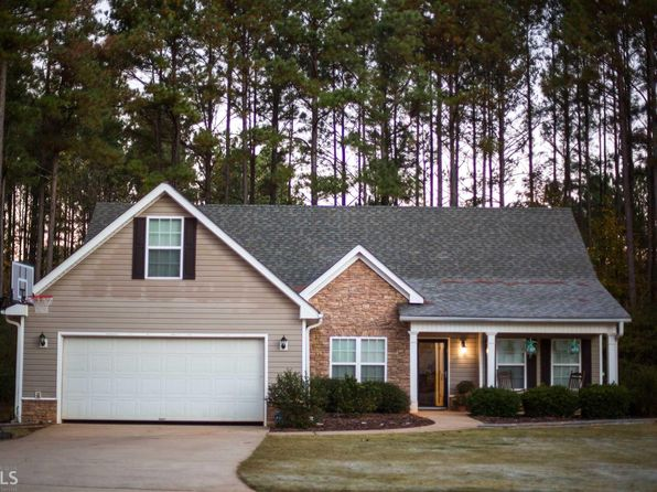 3 bed 2 bath Single Family at 1123 Manchester Ct Social Circle, GA, 30025 is for sale at 183k - 1 of 28