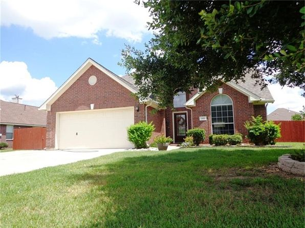 3 bed 3 bath Single Family at 1001 N Belle Dr Angleton, TX, 77515 is for sale at 240k - 1 of 11