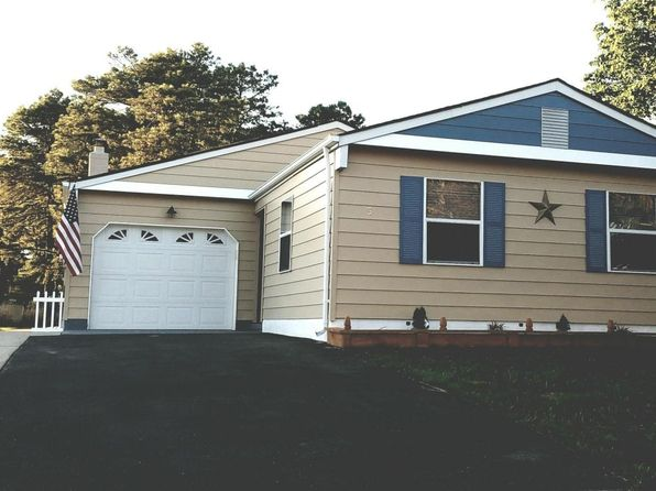 2 bed 2 bath Single Family at 3 Elkton Ct Toms River, NJ, 08757 is for sale at 200k - 1 of 9