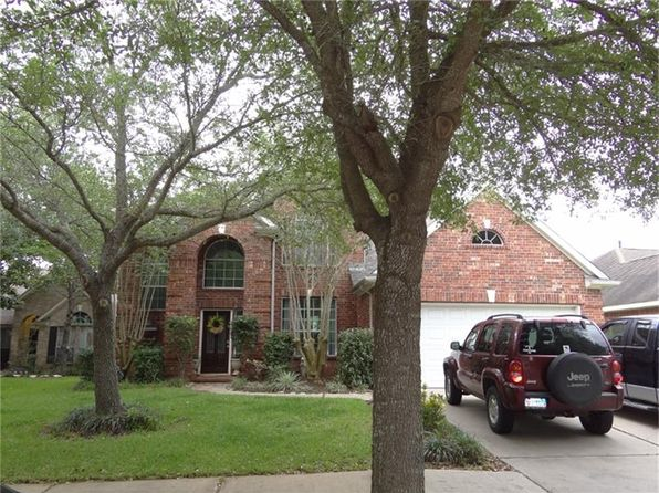 4 bed 2.5 bath Single Family at 1215 Windover Ct Sugar Land, TX, 77479 is for sale at 255k - 1 of 25