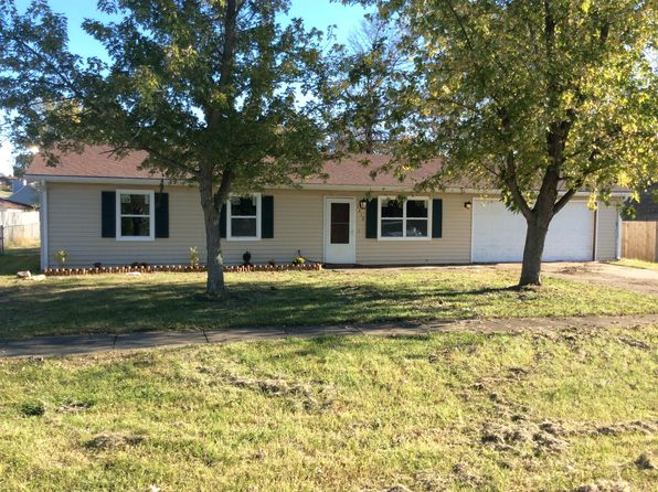 3 bed 1 bath Single Family at 1212 Payton Pl Radcliff, KY, 40160 is for sale at 110k - 1 of 8