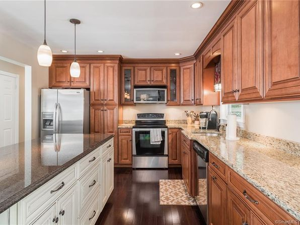 3 bed 2 bath Single Family at 100 Orleans Dr Bristol, CT, 06010 is for sale at 239k - 1 of 31