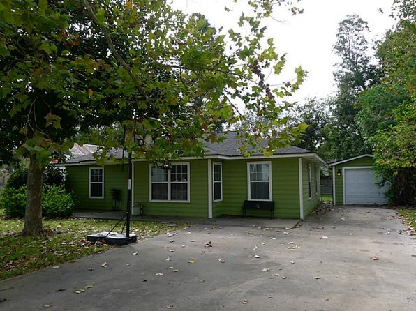 3 bed 1 bath Single Family at 126 1st St Brazoria, TX, 77422 is for sale at 130k - 1 of 16