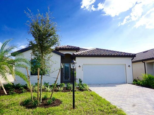 4 bed 2 bath Single Family at 17014 Blue Ridge Pl Lakewood Ranch, FL, 34211 is for sale at 388k - 1 of 12