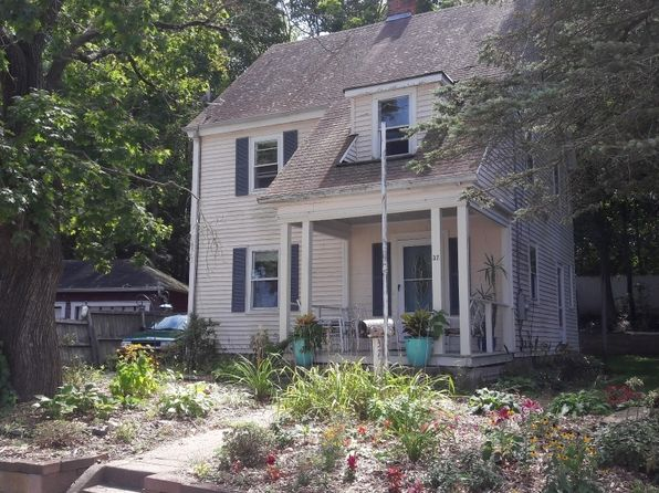 3 bed 1 bath Single Family at 37 Carely Ave Jewett City, CT, 06351 is for sale at 165k - 1 of 6