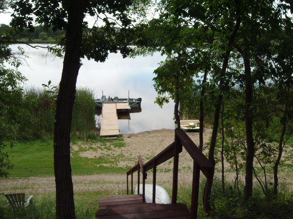 3 bed 3 bath Single Family at 488 Birchwood Hts Bottineau, ND, 58318 is for sale at 390k - google static map