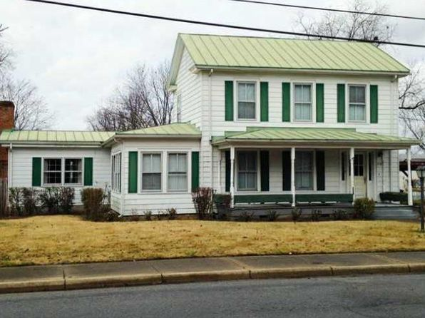 3 bed 3 bath Single Family at 218 Wilson Ave Wakefield, VA, 23888 is for sale at 100k - 1 of 2
