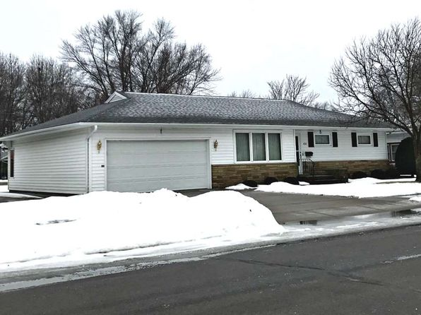 3 bed 1 bath Single Family at 430 17TH ST S WISCONSIN RAPIDS, WI, 54494 is for sale at 108k - 1 of 14