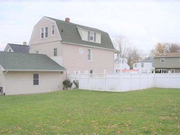 5 bed 3 bath Single Family at 154 Arlington Ave Cliffwood, NJ, 07721 is for sale at 325k - 1 of 6