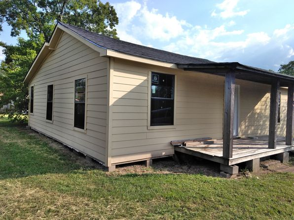 3 bed 2 bath Single Family at 408 Thompson St College Station, TX, 77840 is for sale at 250k - 1 of 14